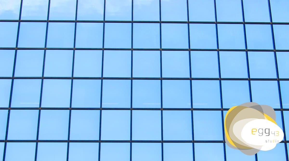 Quando e como usar fachadas reflexivas